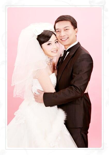 小婷和佳佳的美丽婚纱 -2009圣诞摄于西安台北莎罗